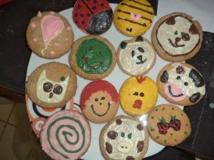 biscotti decorati con cioccolato